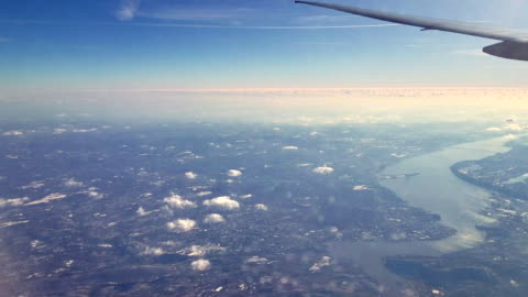 the pasenger aircraft flying over the hudson river, new jersey - aircraft point of view stock videos & royalty-free footage