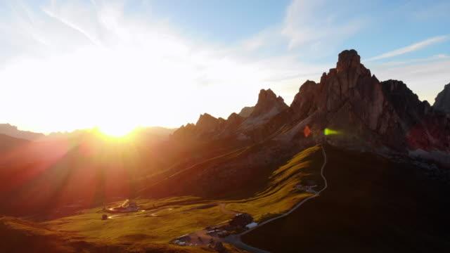 the passo di giau, dolomites mountains - dolomites stock videos & royalty-free footage