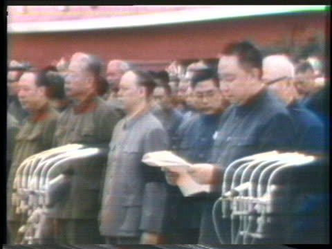 the people of china mourn. - mao tse tung stock videos & royalty-free footage