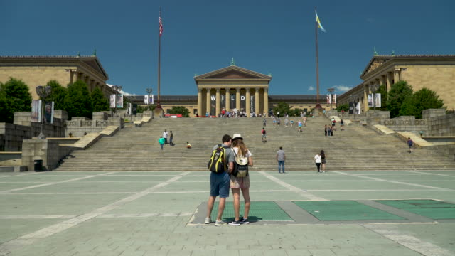 the philadelphia museum of art - philadelphia pennsylvania video stock e b–roll