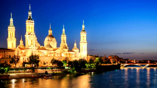vdo : the pilar cathedral in zaragoza, spain - column stock videos & royalty-free footage