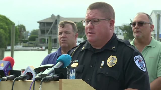 the police chief in wrightsville north carolina encourages residents to heed mandatory evacuation orders as the area braces for hurricane florence to... - wilmington north carolina stock-videos und b-roll-filmmaterial
