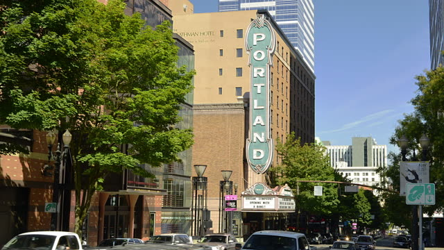 t/l ms zo the portland theater and busy avenue / portland, oregon, usa - portland oregon stock videos & royalty-free footage