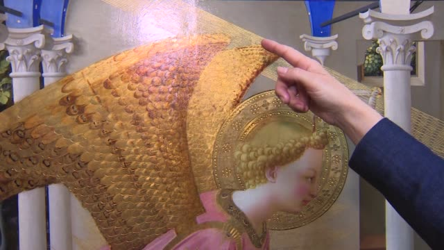 the prado museum has presented after a restoration of more than one year 'the annunciation' by fra angelico an italian painter of the early... - 復元する点の映像素材/bロール