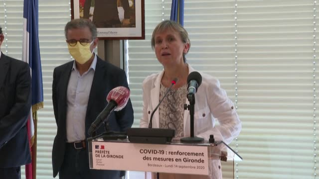 vídeos de stock e filmes b-roll de the prefect of the gironde department in the southwest of france announces a reduction in the maximum number of people attending events such as... - southwest usa