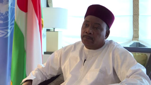 the president of niger mahamadou issoufou says the un peacekeeping force in northern mali needs to be given a more offensive mandate in order to... - mahamadou issoufou stock videos and b-roll footage