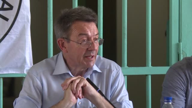 the president of the international committee of the red cross peter maurer pays a visit to abidjan's main prison - côte d'ivoire stock videos & royalty-free footage