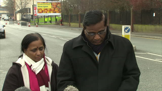 the prime minister has told the father of an indian student shot dead in salford that the police will do everything possible to ensure they get... - 銃犯罪点の映像素材/bロール