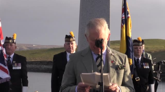 the prince of wales and first minister nicola sturgeon have joined commemorations to mark 100 years since the hmy iolaire disaster. only 82 of the... - äußere hebriden stock-videos und b-roll-filmmaterial