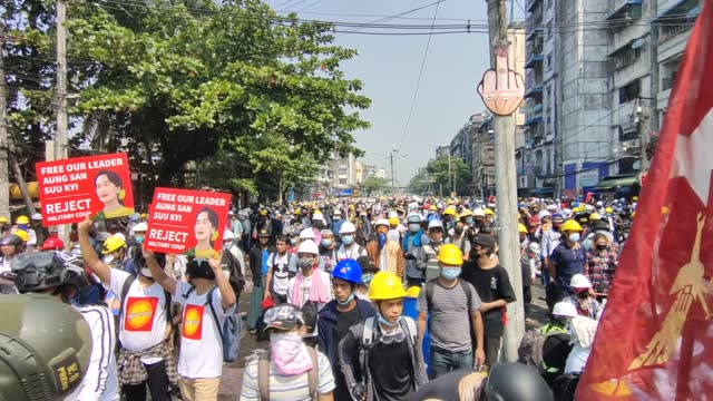 the protests against the military coup and the detention of the elected government members continued in myanmar, on tuesday, march 2. the opponents... - ミャンマー点の映像素材/bロール