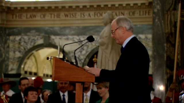 the queen and duke of edinburgh visit old bailey court on 100th birthday john stuttard speech sot on the centenary of the opening of the old bailey... - lord mayor of london city of london stock videos & royalty-free footage
