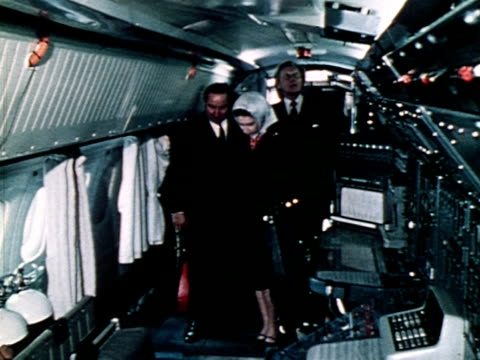 the queen and michael heseltine are shown around concorde 002 by test pilot brian trubshaw 1972 - british aerospace concorde stock videos & royalty-free footage