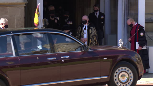 the queen leaves st george's chapel in the state bentley, after the funeral of her husband, prince philip, duke of edinburgh - place of worship stock videos & royalty-free footage