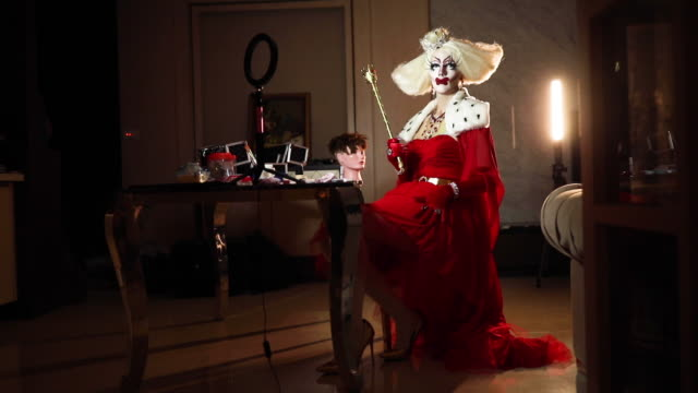the queen on her throne - throne stock videos & royalty-free footage
