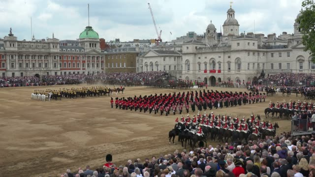 the queen's annual birthday parade, trooping the colour, horse guards parade, whitehall, london, england, united kingdom, europe - ロンドン ホワイトホール点の映像素材/bロール