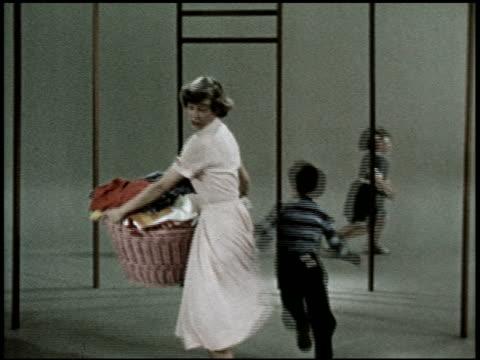 vídeos de stock e filmes b-roll de the relaxed wife - 5 of 13 - veja outros clipes desta filmagem 2468