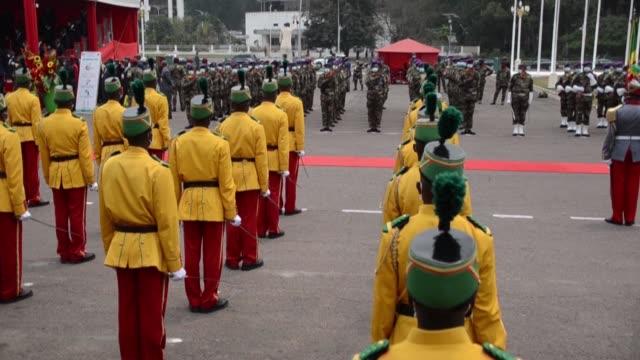 vídeos y material grabado en eventos de stock de the republic of congo celebrates its sixtieth anniversary of independence in front of the palais des congrès in brazzaville - independence