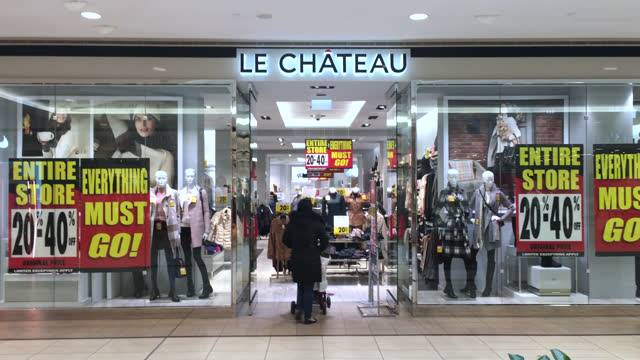 the retail chain 'le chateau' liquidation sale seen on november 6, 2020; in toronto, ontario, canada. the retail giant has announced it is closing... - chain store stock videos & royalty-free footage
