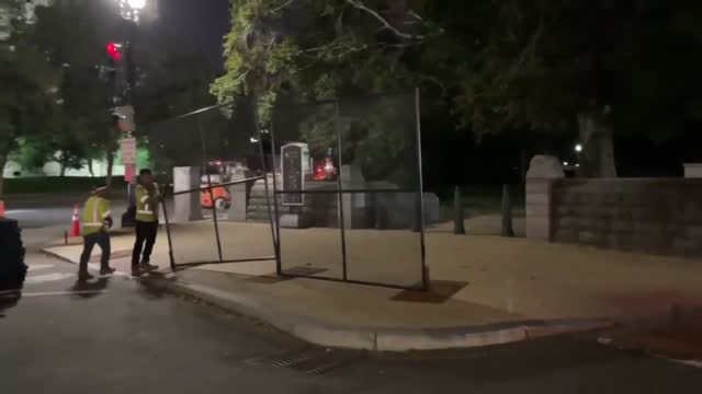 the return of security fencing outside of the united states capitol was... - https stock-videos und b-roll-filmmaterial