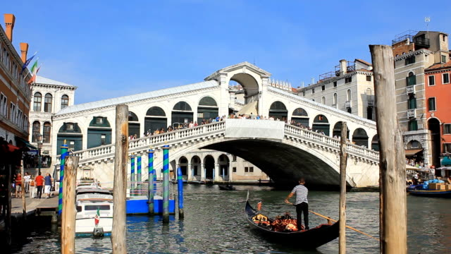 hd 1080 :  the rialto bridge - venice - grand canal venice stock videos & royalty-free footage