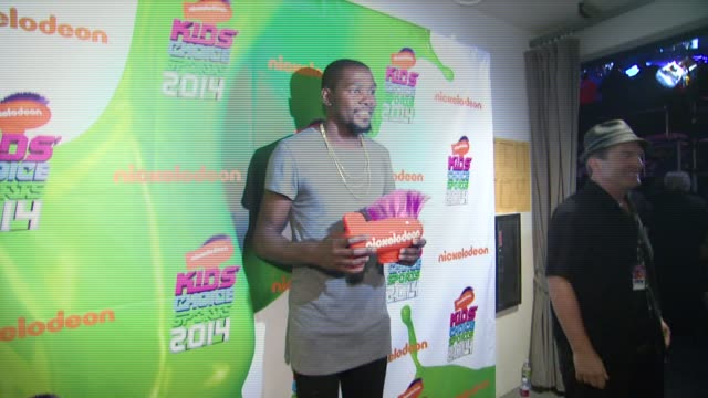 'the rock' dwayne johnson and kevin durant backstage nickelodeon kids' choice sports awards 2014 at pauley pavilion on july 17 2014 in los angeles... - nickelodeon stock videos & royalty-free footage