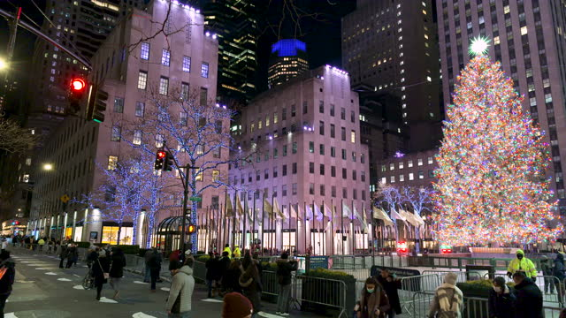 the rockefeller center christmas tree on december 07, 2020. fifth avenue, midtown manhattan, new york city. - rockefeller center christmas tree stock videos & royalty-free footage