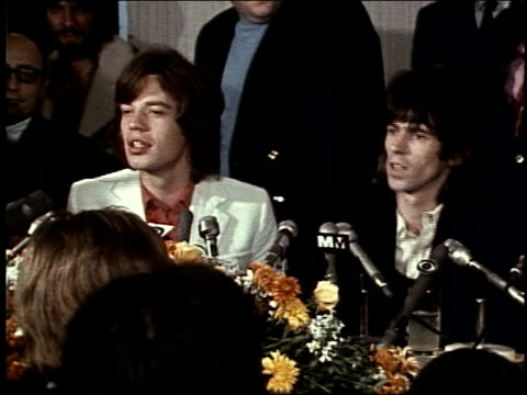 vídeos de stock e filmes b-roll de the rolling stones at rainbow grill on november 30, 1969 in new york, new york - 1969