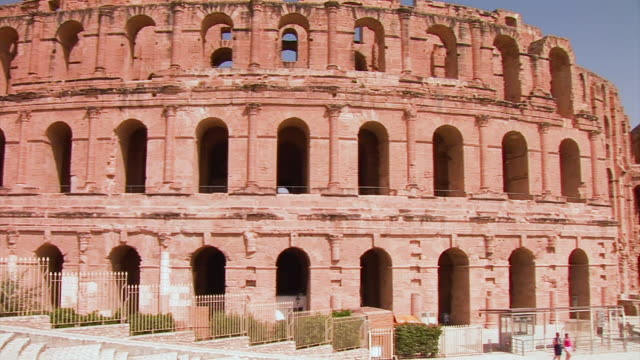 the roman amphitheater in el djem, tunisia - amphitheater stock videos & royalty-free footage