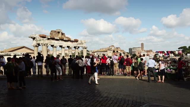 vídeos y material grabado en eventos de stock de the roman forums - ruina antigua
