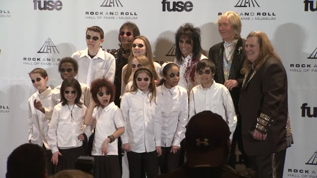 stockvideo's en b-roll-footage met the ronald mcdonald house new york pops, michael bruce, alice cooper, dennis dunaway, neal smith and michael bruce at the 26th annual rock and roll... - alice cooper