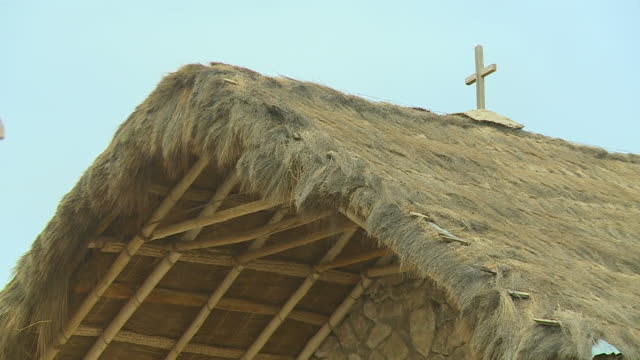 the roof of historic san cristobal church, bolivia - thatched roof stock videos & royalty-free footage