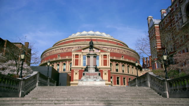 vidéos et rushes de the royal albert hall kensington london - royal albert hall