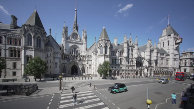 the royal courts of justice, london. from a high angle viewpoint. - justice concept stock videos & royalty-free footage