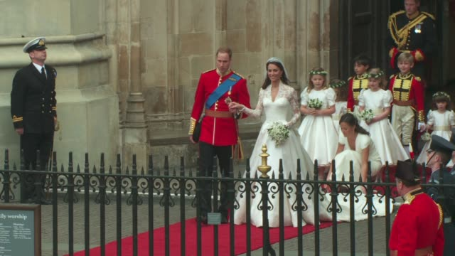 stockvideo's en b-roll-footage met the royal wedding, london, uk, at the assorted royal wedding footage ntsc hd at london england. - clean