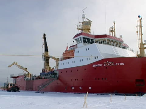 the rrs ernest shackleton. located in pack ice in the weddell sea, at the brunt ice shelf, antarctica (ntsc pal 4x3 anamorphic; h264 mpeg4 16x9 square) audio available on masters. - ernest shackleton stock videos & royalty-free footage