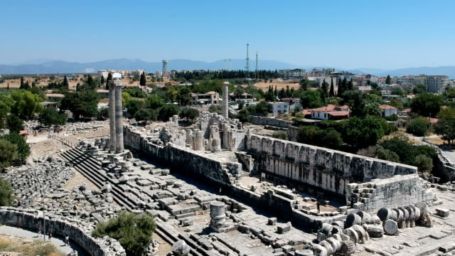 the ruins of the temple of apollo at didyma, turkey - ruined stock videos & royalty-free footage