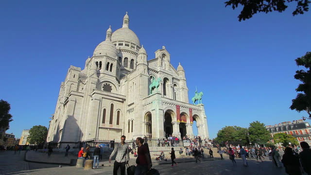 the sacre coeur paris - basilique du sacre coeur montmartre stock videos and b-roll footage