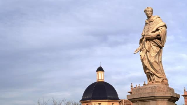 the saint - puente bildbanksvideor och videomaterial från bakom kulisserna