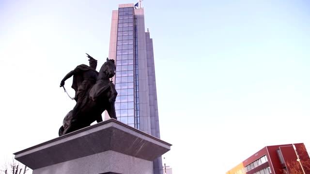 the satatue of skanderbeg - pristina stock videos and b-roll footage