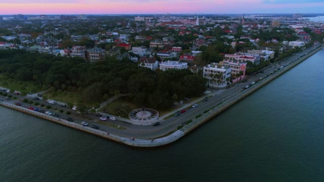the scenic aerial panoramic view of charleston, south carolina, at sunset - carolina del sud video stock e b–roll