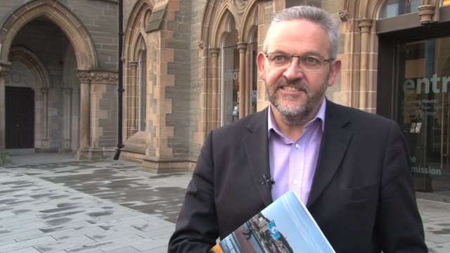 the scottish city of dundee has made its final bid for the coveted award of uk city of culture for 2017 the pitch was made in the ulster city of... - gebot stock-videos und b-roll-filmmaterial
