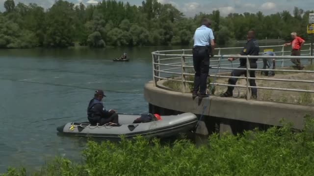 the search continues in gerstheim alsace for a 4 year old girl who is still missing after the capsizing of a rubber dinghy on the rhine the day before - capsizing stock videos and b-roll footage
