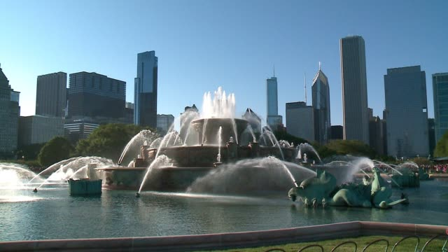 the second annual switch on summer event, hosted by the chicago park district and comed, brought chicagoans to grant park to celebrate as the chicago... - buckingham fountain stock videos & royalty-free footage