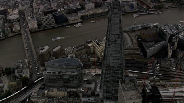 il shard-vista aerea-inghilterra, greater london southwark, regno unito - greater london video stock e b–roll