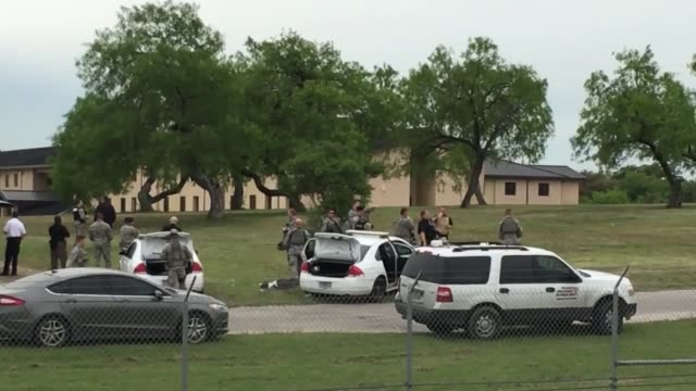 the shooting that left two airmen dead on the lackland air force base in san antonio texas was a result of workplace violence the incident happened... - rettungsdienst mitarbeiter stock-videos und b-roll-filmmaterial