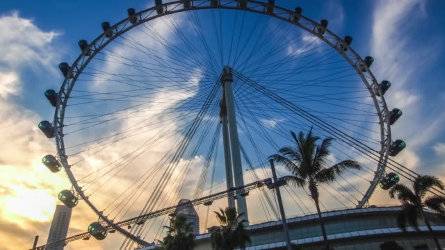 the singapore flyer - wheel stock videos and b-roll footage