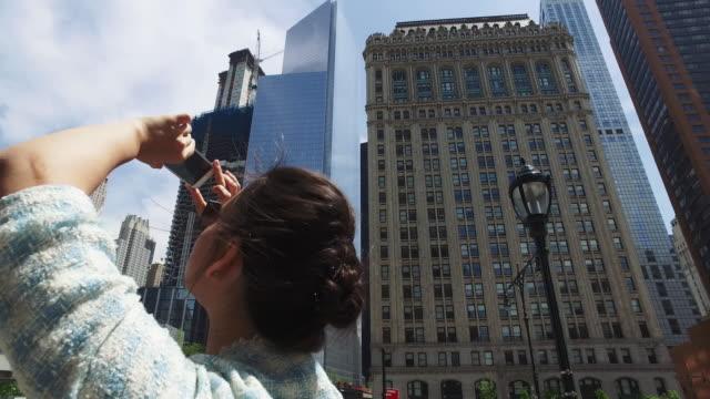 vidéos et rushes de les gratte-ciel de la ville de ny: one world trade center - photographing