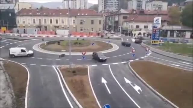 the small town of uzice serbia recently received a new roundabout however some of the locals are not sure how to use it - annat tema bildbanksvideor och videomaterial från bakom kulisserna