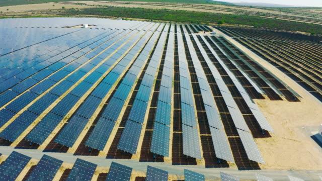 vídeos y material grabado en eventos de stock de la generación solar está aquí - ajardinado