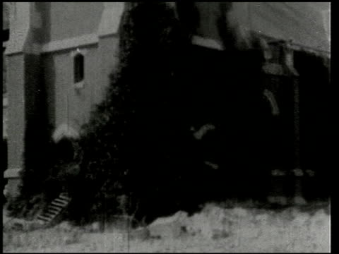 vídeos de stock, filmes e b-roll de the southern california earthquake - 11 of 16 - 1933